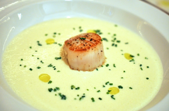Cauliflower Soup with Seared Scallops